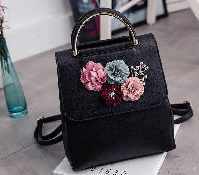 Plecak damski z kwiatami CAT26 czarny