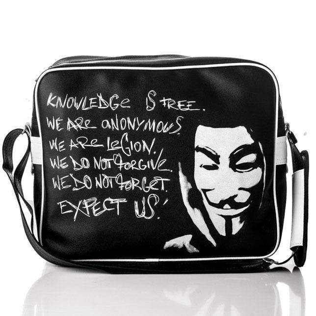 http://www.skorzana.com/product-pol-14626-Stylowa-torba-meska-na-ramie-SOLIER-Anonymous-czarna.html