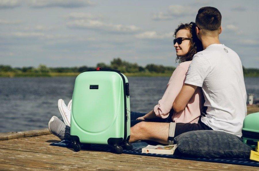 Mała walizka podróżna na kółkach (bagaż podręczny) SOLIER STL310 S ABS jasnozielona